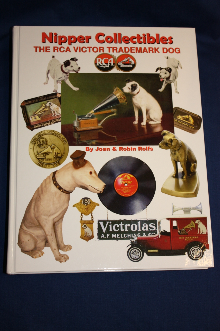 Nipper Collectibles The RCA Victor Trademark